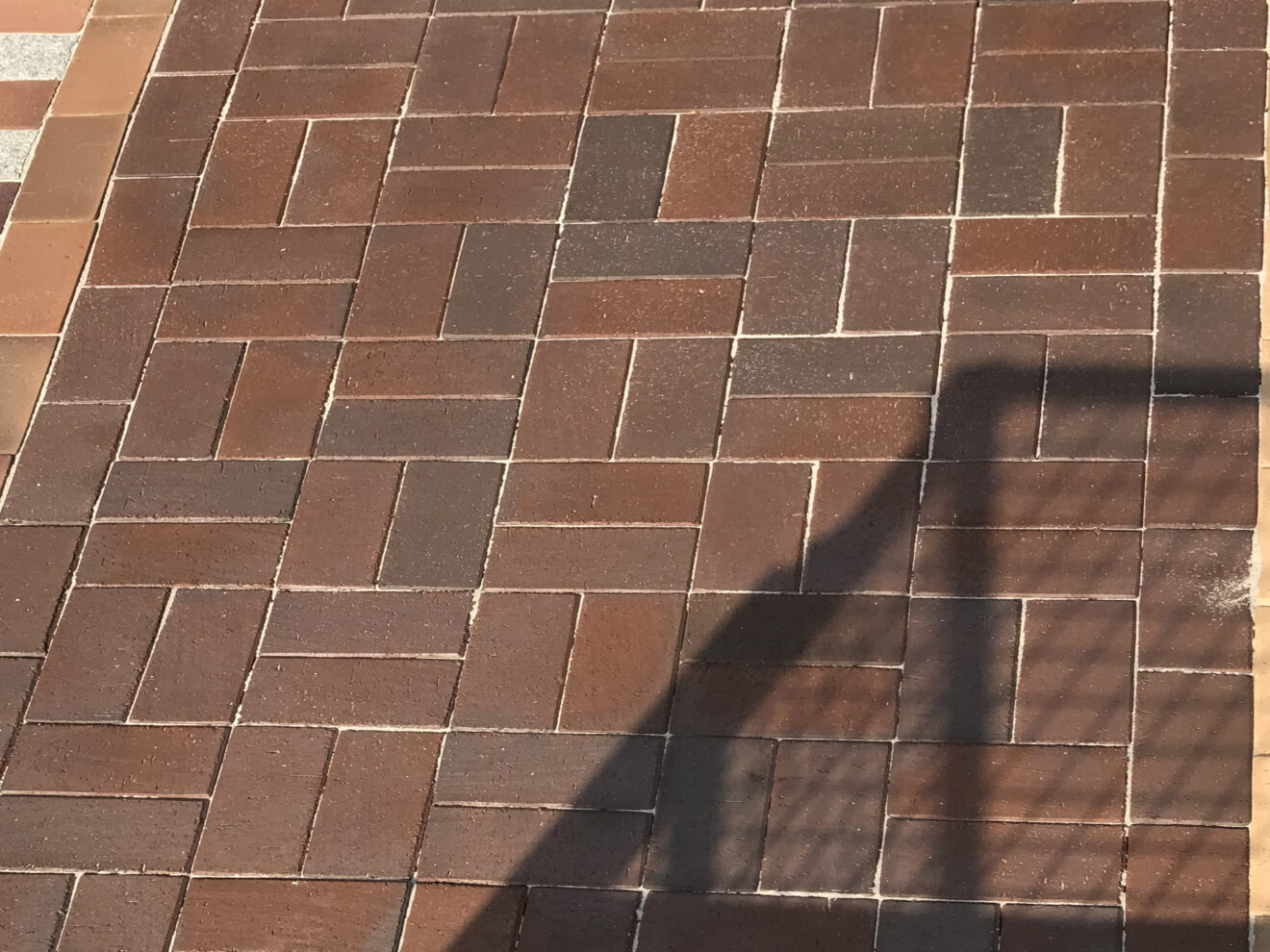 Pflasterstein Braunbunt gefleckt Bramsche 106